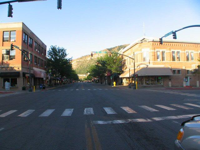 Main Ave